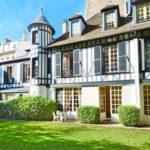 Во Франции за 42,5 млн евро продается дом Людовика XVIII. ФОТО